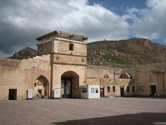 Ishak Pasha Palast