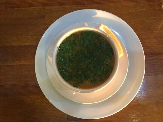 1A-Fischsuppe im Hotel Cansizoglu in Of.