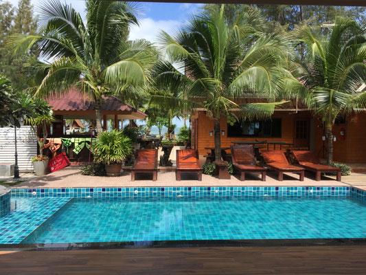 Sunrise Resort in Bang Saphan: Blick von der Zimmerterrasse