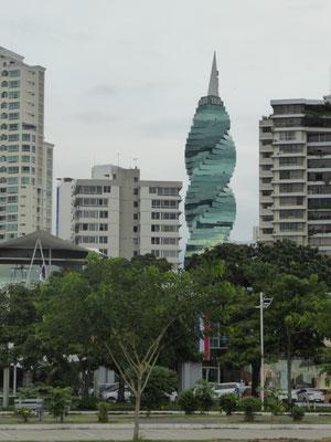 Der grüne Glasturm (BBA, wer immer das auch sein mag, der Turm ist toll)