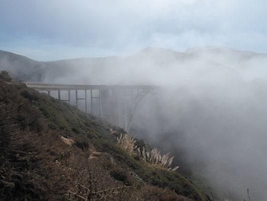 .... die Brücke auch