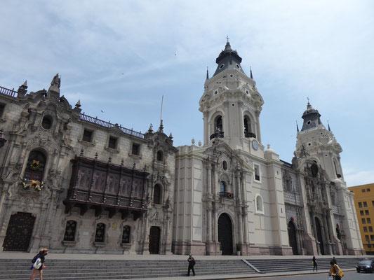 Kathedrale und Bischofspalast