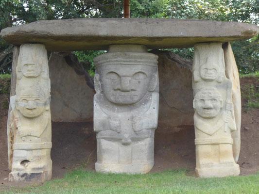 Grabstätte im Park