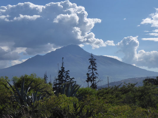 Auf der Straße der Vulkane