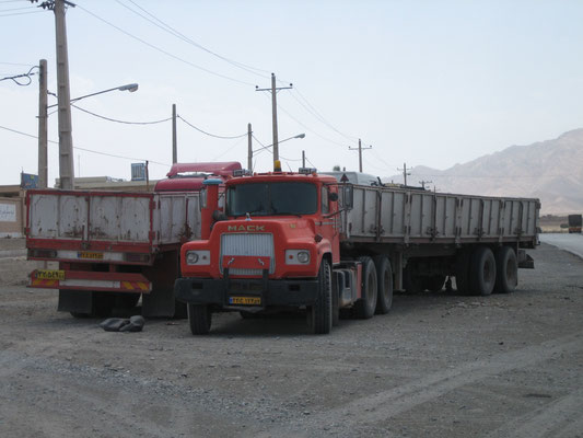 Mack Truck (in America wohl ausgestorben)