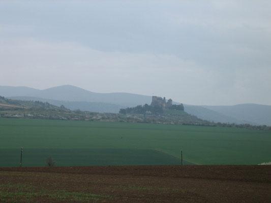 Burg auf der Fahrt durch Ungarn