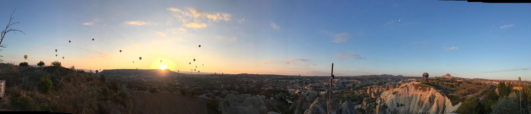 Jetzt ist der Sonnenaufgang da.