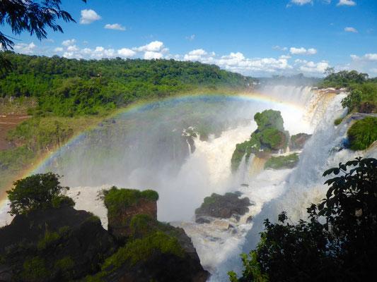 Panorama mit Regenbogen