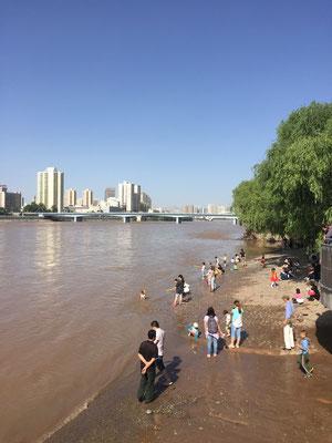 Sonntagnachmittag am Gelben Fluss