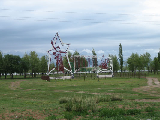 Denkmal am Issyk Kul See