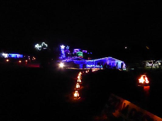Weihnachtsbeleuchtung der Campingplatz-Besitzer