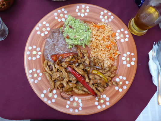Eins der besten Abendessen in Mexiko (Fajitas de pollo)