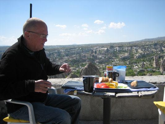 Frühstück auf der privaten Terrasse
