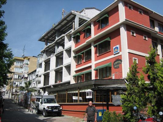 Toyo- und Weltreisendenheim in Istanbul: Tashan Hotel (mit alkoholfreier Bar) in Bakirköy
