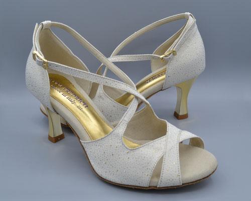 Ivory Brautschuhe Tanzschuhe von Anna Fredrich Italian Dance Shoes