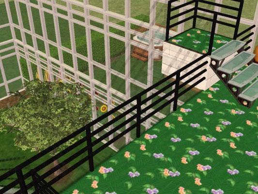 2.Etage Balkon Blick in den Innengarten ( Gewächshaus )