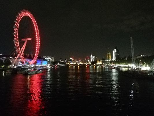 London bei Nacht. Ein genialer Anblick :)