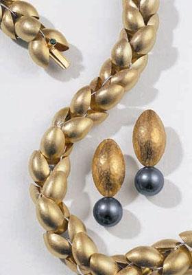 Ohrringe - 585/- Gelbgold / Tahitiperlen - - - - € 1.210,-