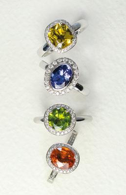14 kt WG / Gelber-Beryll 3,8 ct / Brillanten - -  € 1860,- 14 kt WG /Tansanit 2,0 ct / Brillanten - - - - - - € 1880,- 14 kt Weißgold / Peridot 1,8 ct / Brillanten- - - € 1530,-  14 kt WG / Mandarin Granat 3,1 ct / Brill. - - - € 2180,-