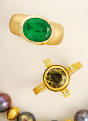 Ring - 750/- Roségold / Smaragddublette - - - €    1.875,- Ring - 750/- Gold / Turmalin / Brillant - - - - - - €    1.480,-