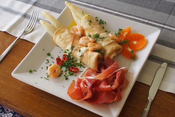 Omelette mir Scampi und Serrano