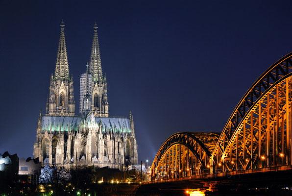 Blick auf Dom & Hohenzollern Brücke