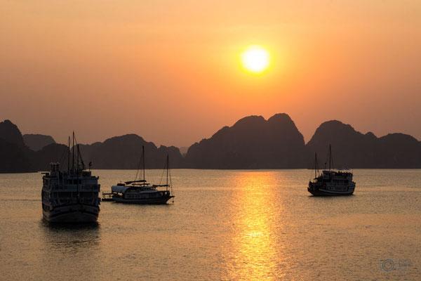 Halong Bucht Sonnenuntergang
