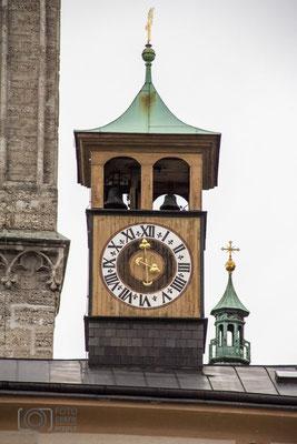 Salzburg - Turmuhr