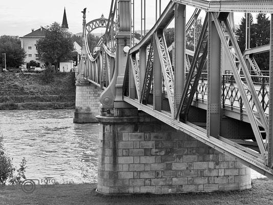 Länderbrücke Laufen - Leobendorf