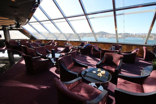 Blick von der Top Sail Lounge nach vorne