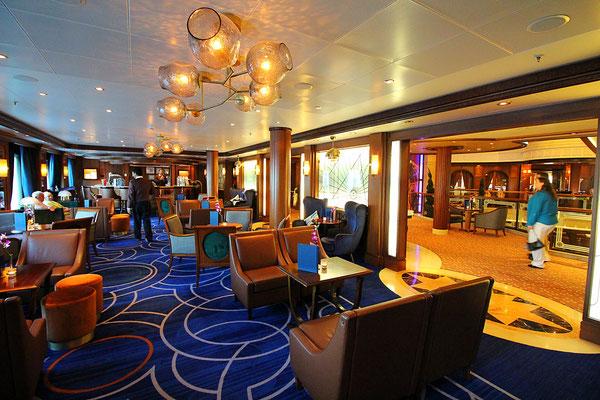 Eine der renovierten Lounges