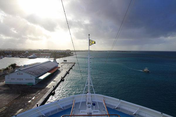 im Hafen von Aruba