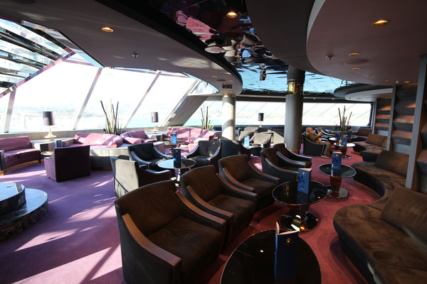 Die Top Sail Lounge