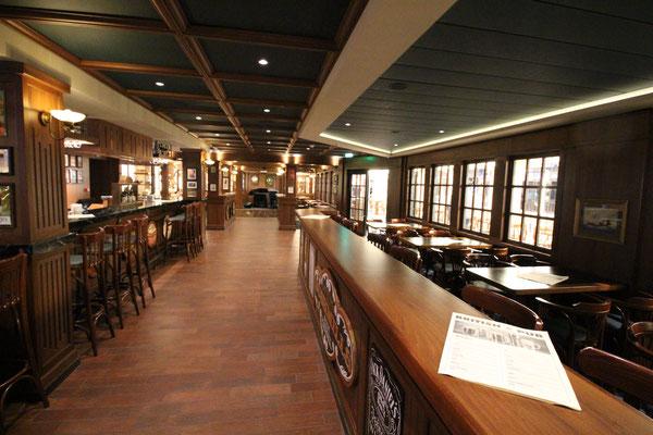 Ein Pub auf der Meraviglia
