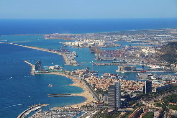 Der Hafen von Barcelona von Oben