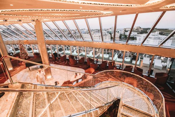 Top Sail Lounge im Yacht Club mit fantastischem Ausblick