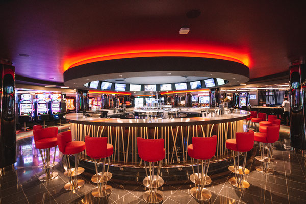Die Bar beim Grand Casino