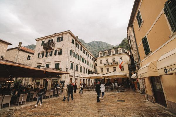 Die Altstadt mit seinen vielen Kaffes und Restaurants