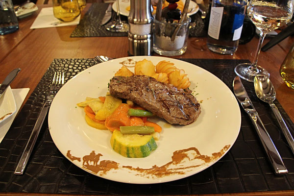 leckeres Steak im Buffalo Steak House