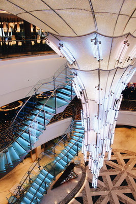 Der Atrium-Bereich der NCL Bliss / ©Martin Melzer