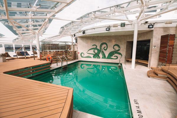 Der MSC Yacht Club Pool