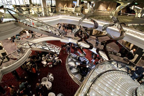 Atrium an Bord der MSC Meraviglia