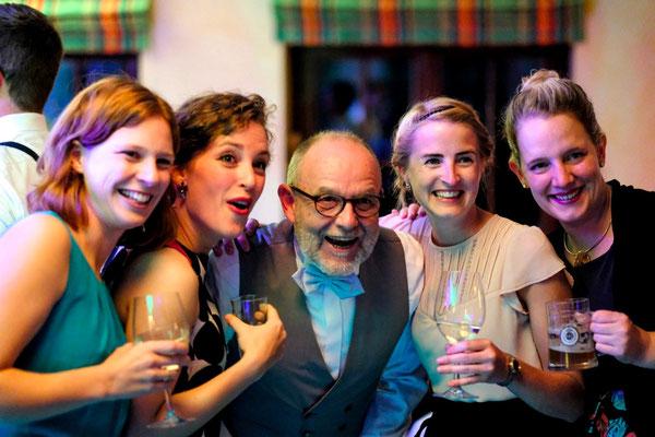 hochzeitsparty, partyfotos hochzeit, hochzeitsfotos party, momente-einfangen.de260
