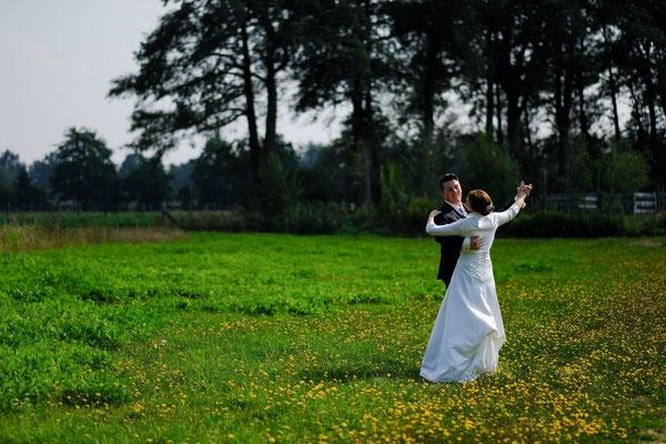 fotografiert werden macht spass - mit eurem hochzeitsfotografen in ganz nrw - momente-einfangen.de39