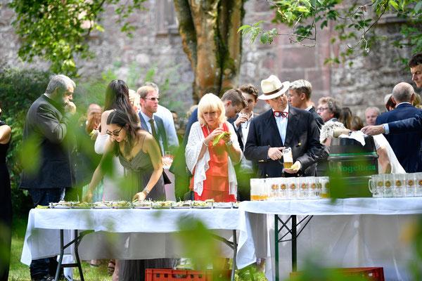 Caterings und Hochzeiten in der Klosterruine zwischen Ettlingen und Karlsruhe