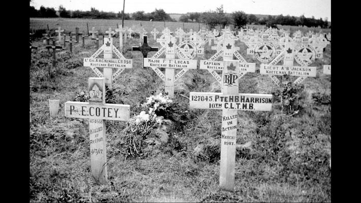 (DR) Première Guerre Mondiale-WW1-la gestion des morts-val de Somme-Corbie-Villers Bretonneux- Amiens-Chambres d'hôtes-B&B-Guesthouse