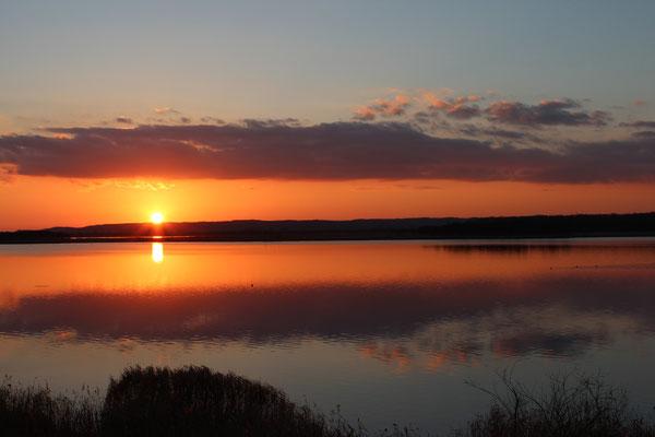 シラルトロ湖と夕日