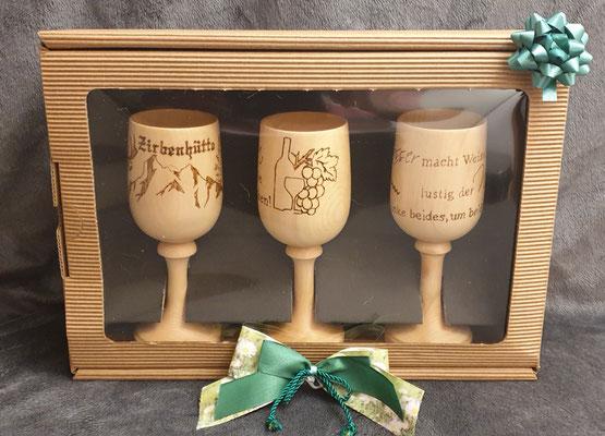 Weissweinglas aus Holz