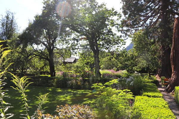 Im historischen Garten hinter dem Palazzo Salis (Restaurant).