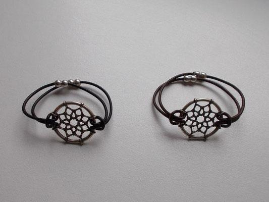 """Bracelet bijoux """"piège à rêve"""" fermoir aimant 15€"""